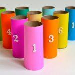 Fabriquez un jeu de quilles colorées facilement avec vos enfants.